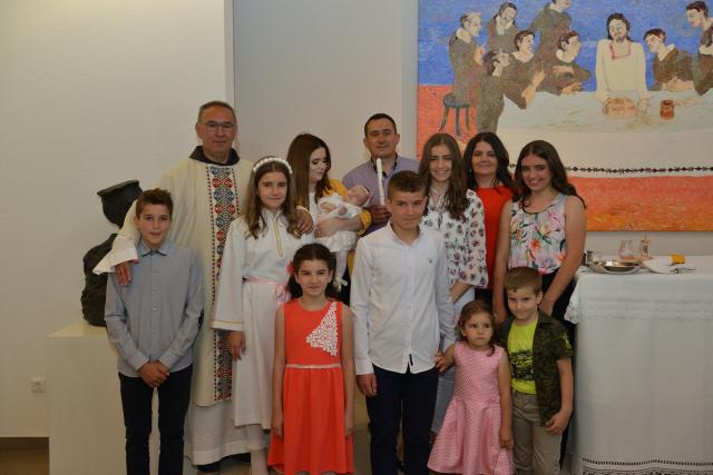 Krštena Maria, deveto dijete u obitelji Tomić